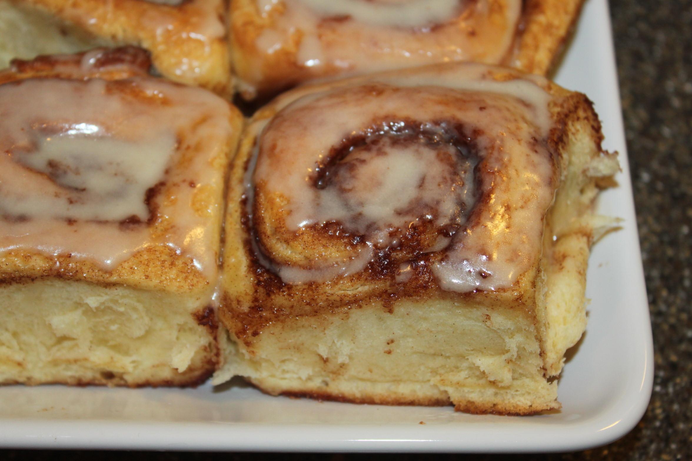 Overnight Cinnamon Roll Recipe – An Easy-Make Christmas Morning Treat