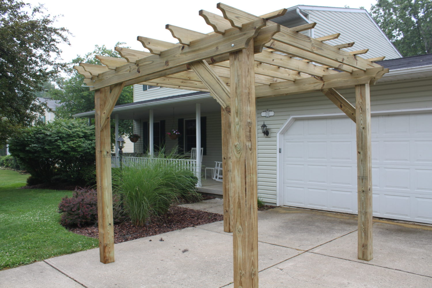 Driveway pergola old world garden farms for Pagoda house plans