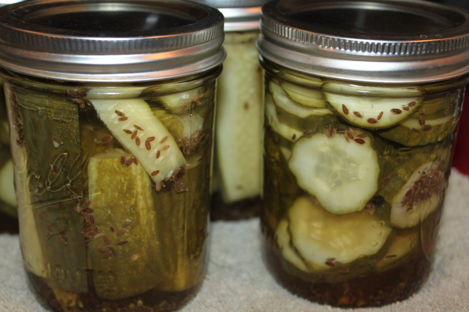 The Perfect Dill Pickle Recipe - And The Secret To Crisp Pickles ...