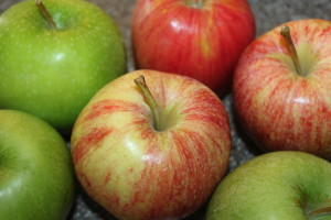 When making apple crisp it is best to use a mixture between tart and sweet apples