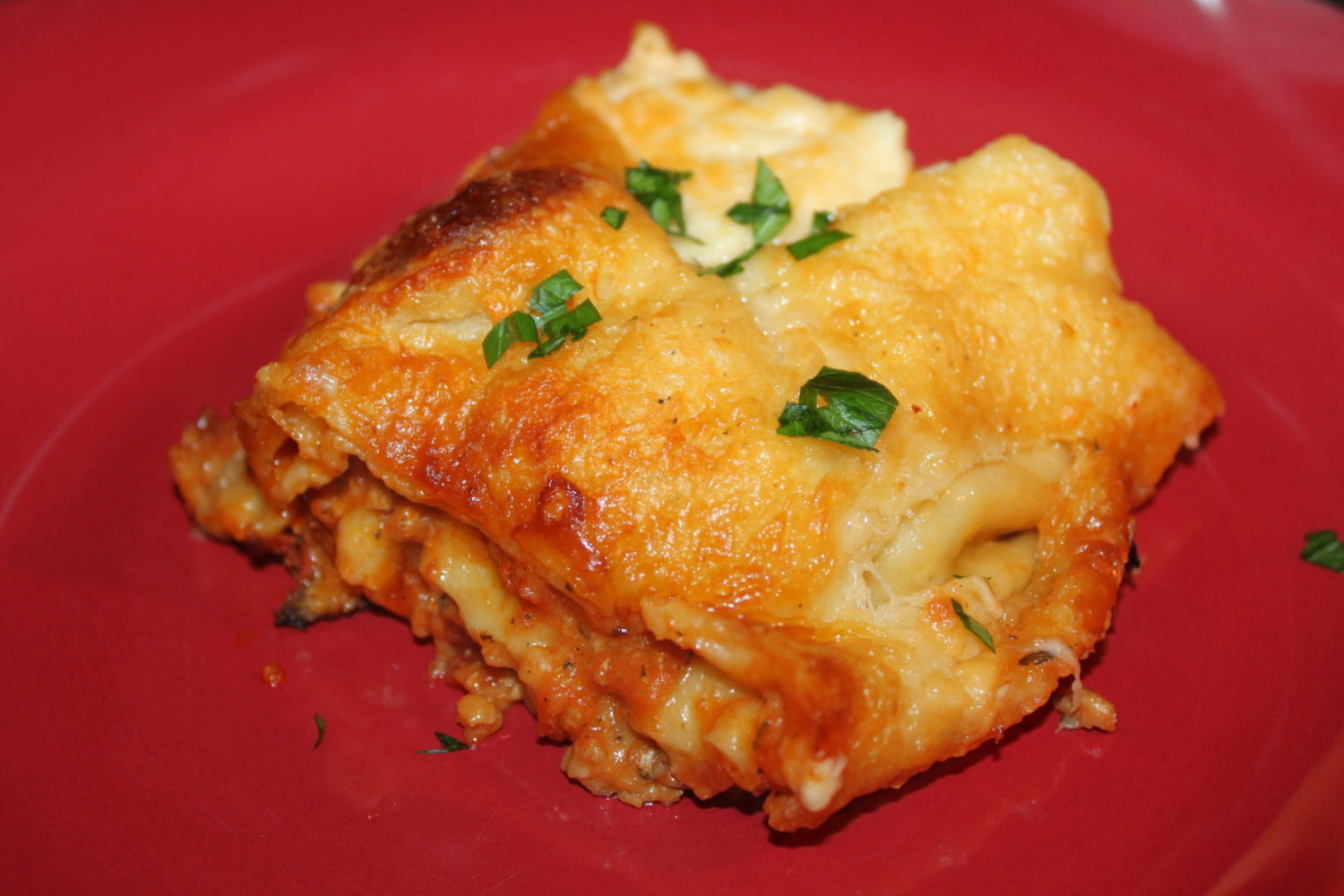 Classic Cheesy Lasagna Recipe – A Superbowl Sunday Tradition