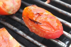Charring whole tomatoes on the grill