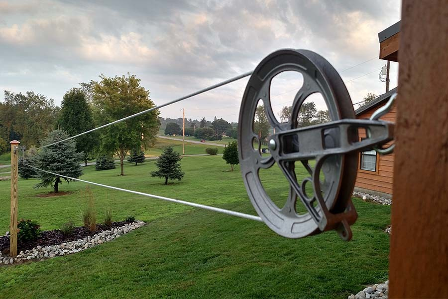 old-fashioned pulley clothesline