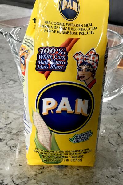 PAN corn meal