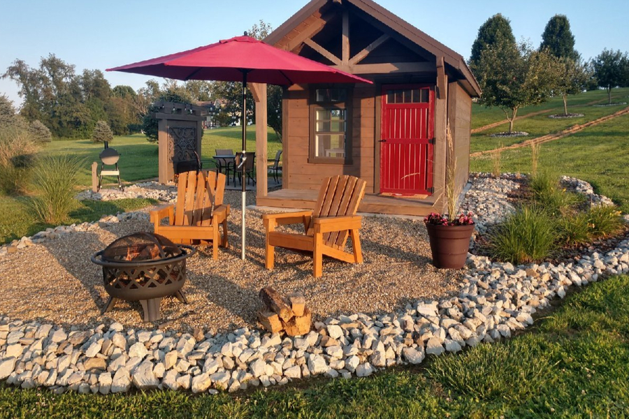 fire pit and sitting area