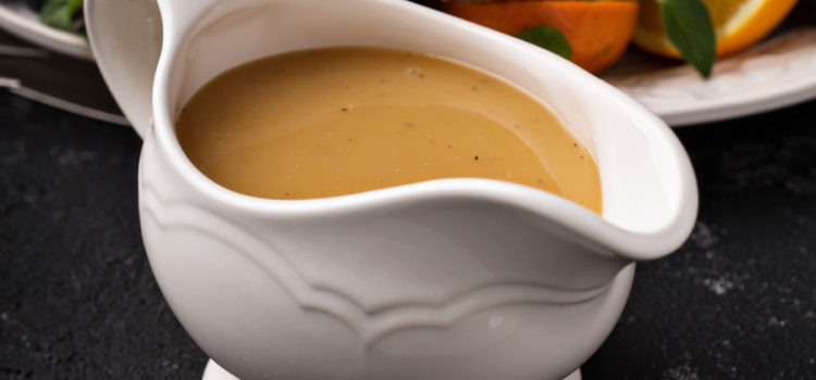 How To Make The BEST Turkey Gravy – An Easy-To-Make Recipe