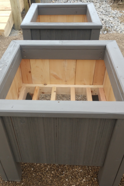 building the bucket planter box
