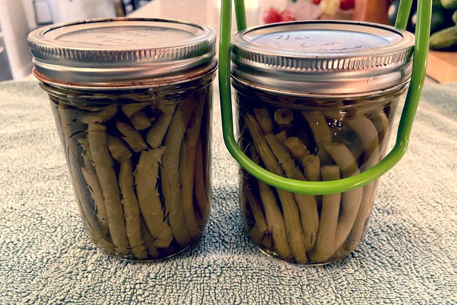 jar lifter on green beans