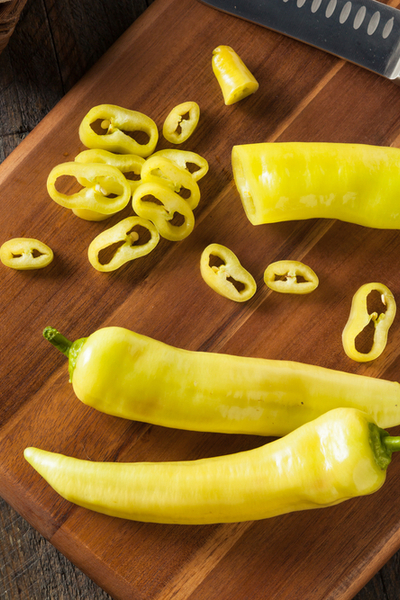 cutting banana peppers