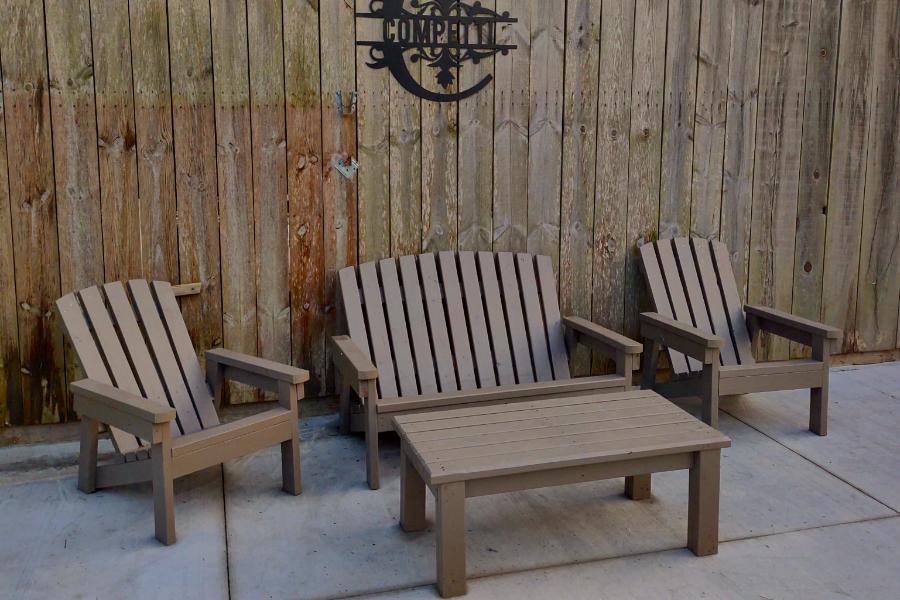 2x4 kültéri szék